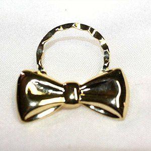 Fashion Brooch Pin Christmas Wreath Bow Goldtone